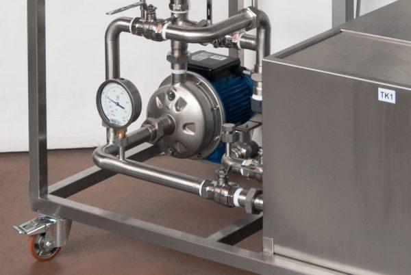 Banco idraulico - Pompa e manometri